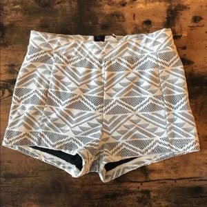 Pants - High waisted cloth shorts